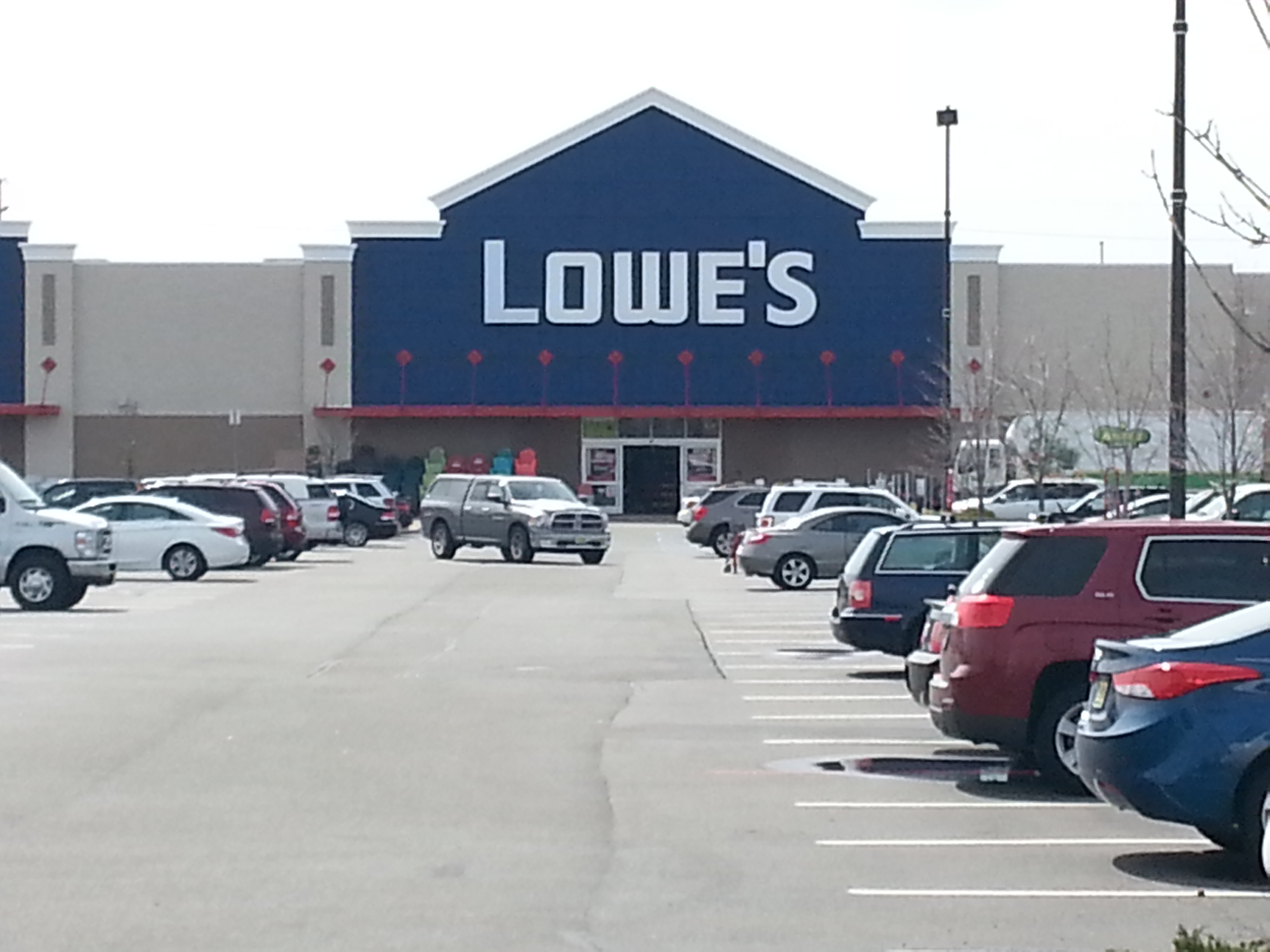 Lowes Of Manahawkin